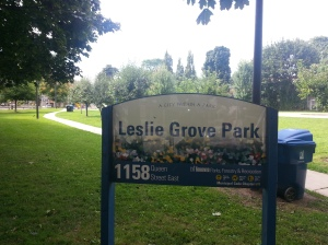 Leslie Grove Park sign