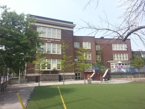 24. Niagara Street School