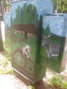35. Riverdale Farm Winchester Bell box mural